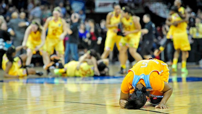 Tennessee guard Ariel Massengale is dejected after a 58-48 loss to Maryland in the Elite 8.