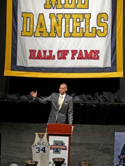 Former Pacer great Reggie Miller shares his memories of Mel Daniels. A public memorial service for Indiana Pacers great Mel Daniels was held Thursday, November 5, 2015, afternoon Bankers Life Fieldhouse.