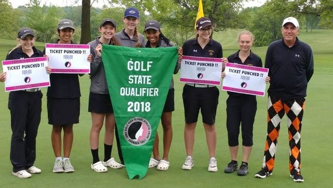 The 2018 Grinnell Tigers girls golf team has qualified for the Class 3A Iowa Girls High School State Tournament on Tuesday, May 20 and Wednesday, May 30 at Coldwater Links, Ames.