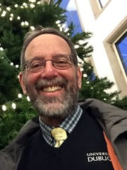 Alan Garfield, a leader in the Jewish community in