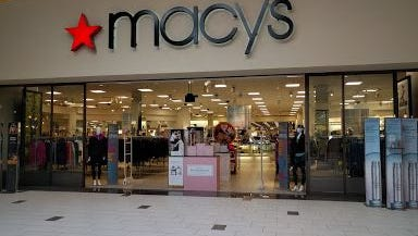 Macy's in Sioux Falls is not planning to close.