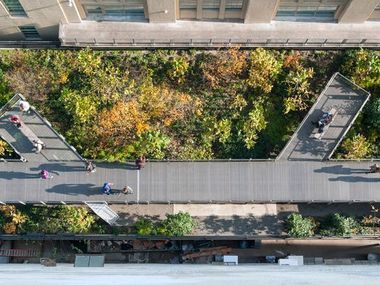 The High Line in autumn, as seen from above.