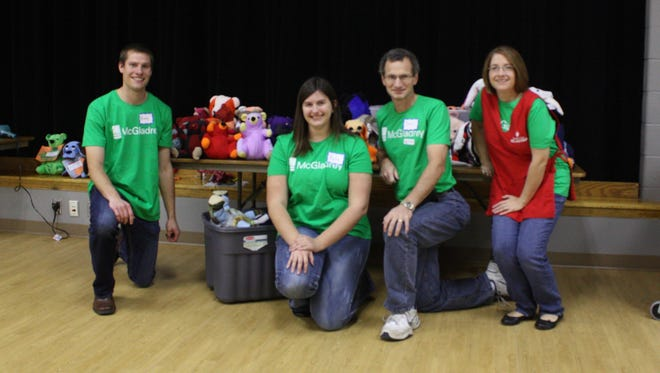 Employees from McGladrey volunteered at two events for LifeScape.