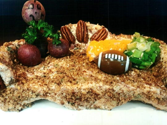 The Couch Potato Cheeseball design would be ideal at Super Bowl parties. Marianne says she enjoys the creativity her new business allows her to practice.