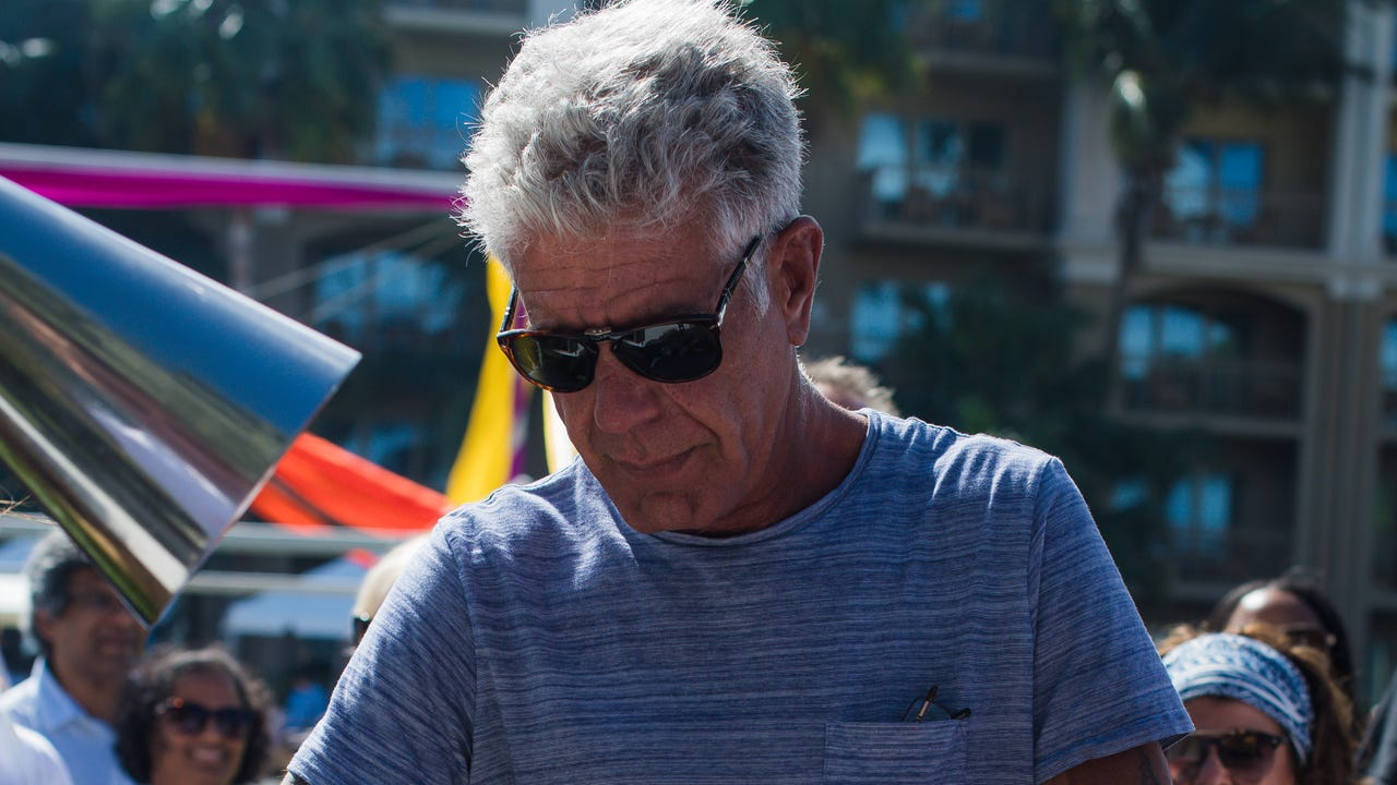 Anthony Bourdain: Don't do these 3 things while traveling