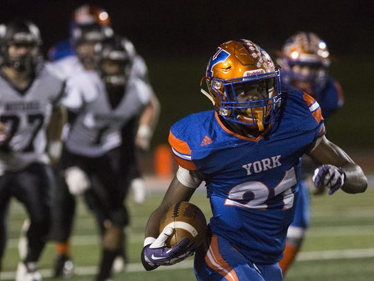 York High's Khalid Dorsey scores on a long touchdown