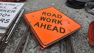 The demolition of two overpasses will require closing northbound Interstate 75 this weekend between I-696 and Square Lake Road in Oakland County.
