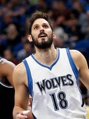 Minnesota Timberwolves' Omri Casspi of Israel plays against the Sacramento Kings in an NBA basketball game Saturday, April 1, 2017, in Minneapolis.