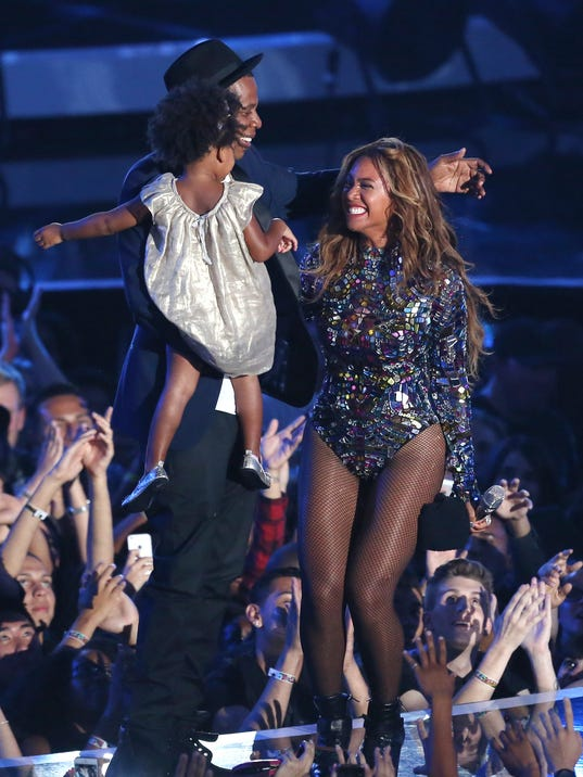 2014 MTV Video Music Awards - Show (2)