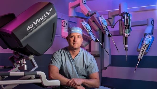 David Dupree, M.D., FACS, a general surgeon with more than ten years of surgical and robotic expertise, offers treatment options for a variety of conditions at Riverview Medical Center.