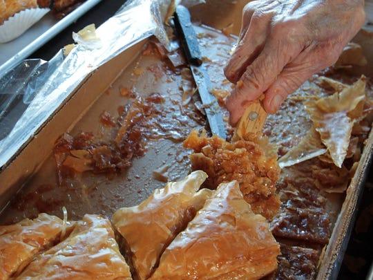 IMG_-Greek_Food_103012_g_1_1_0EC3G0NO.jpg_20151001.jpg