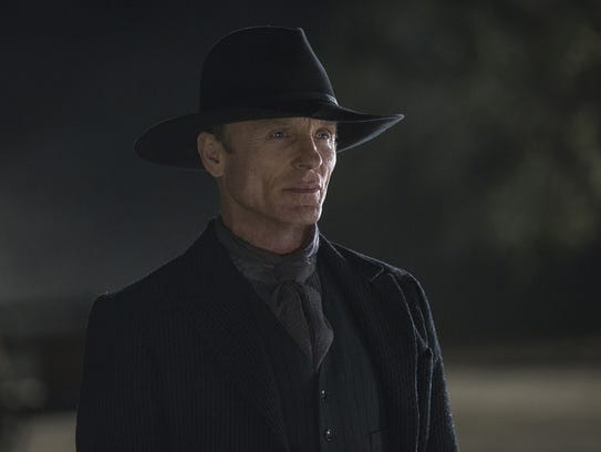 Ed Harris portrays the mysterious Man in Black in HBO's