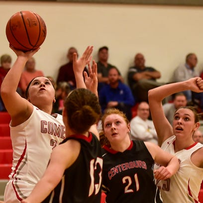 Elgin's Makenzee Runda goes in for a layup during Elgin's