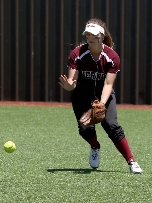 Vernon vs. Mineral Wells softball playoff