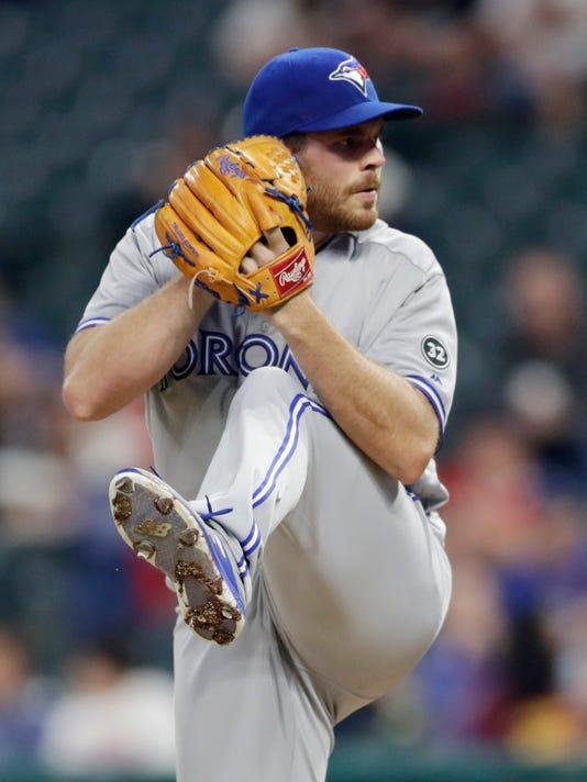 Blue_Jays_Indians_Baseball_33545.jpg