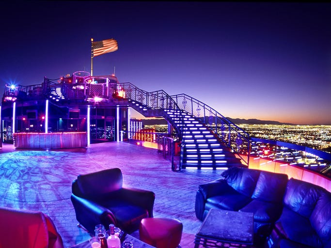 Las Vegas Coupons. On this page we list where you can find coupons, vouchers and promos for Vegas discounts and free 'stuff', including online coupons you print.