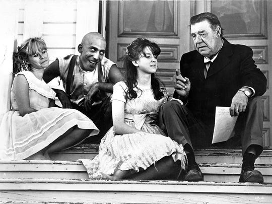 Beverly Washburn, Sid Haig, Jill Banner and Lon Chaney Jr. in Spider Baby