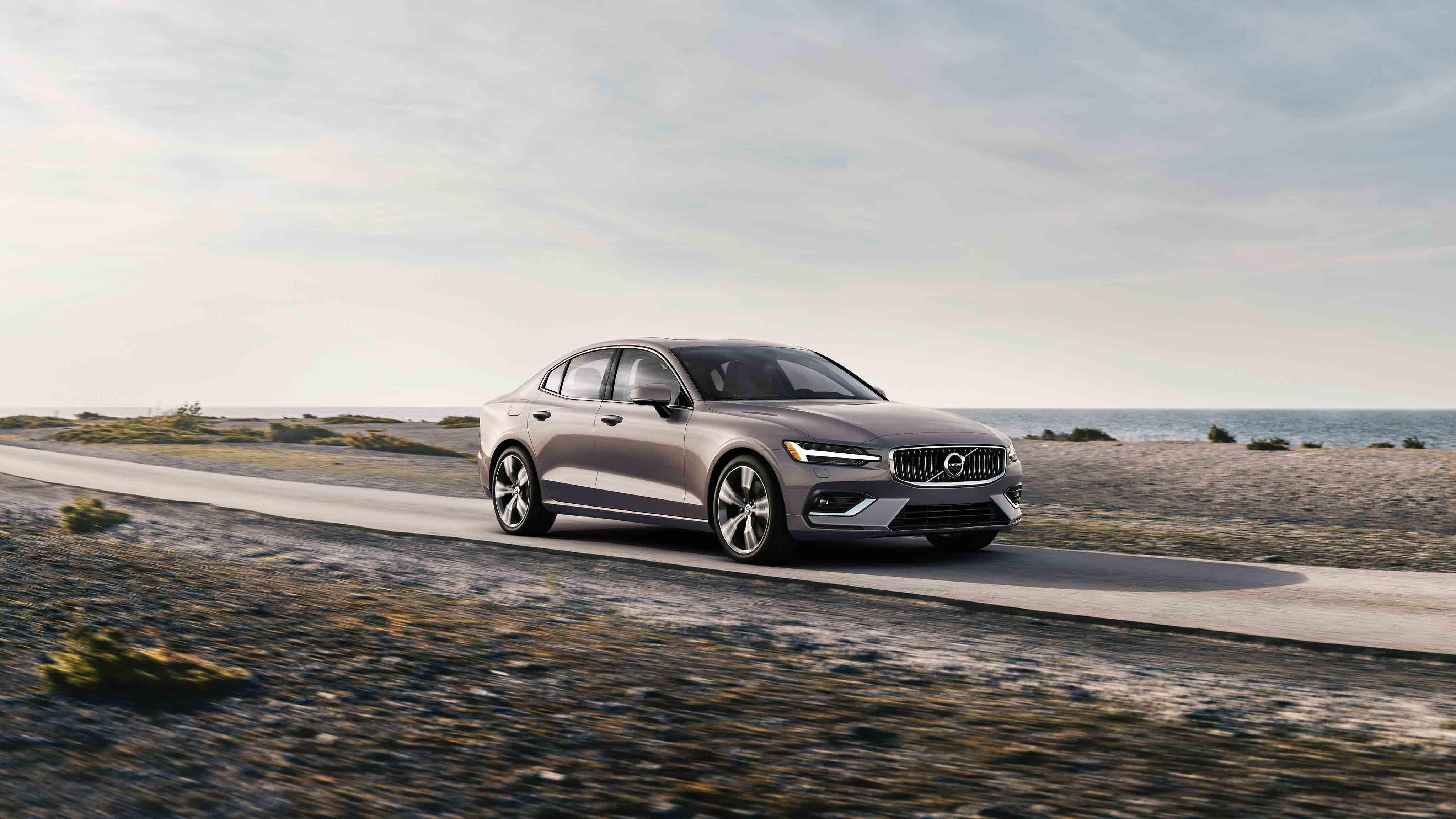 Test Drive 2020 Volvo Inscription Competes As A Premium Compact