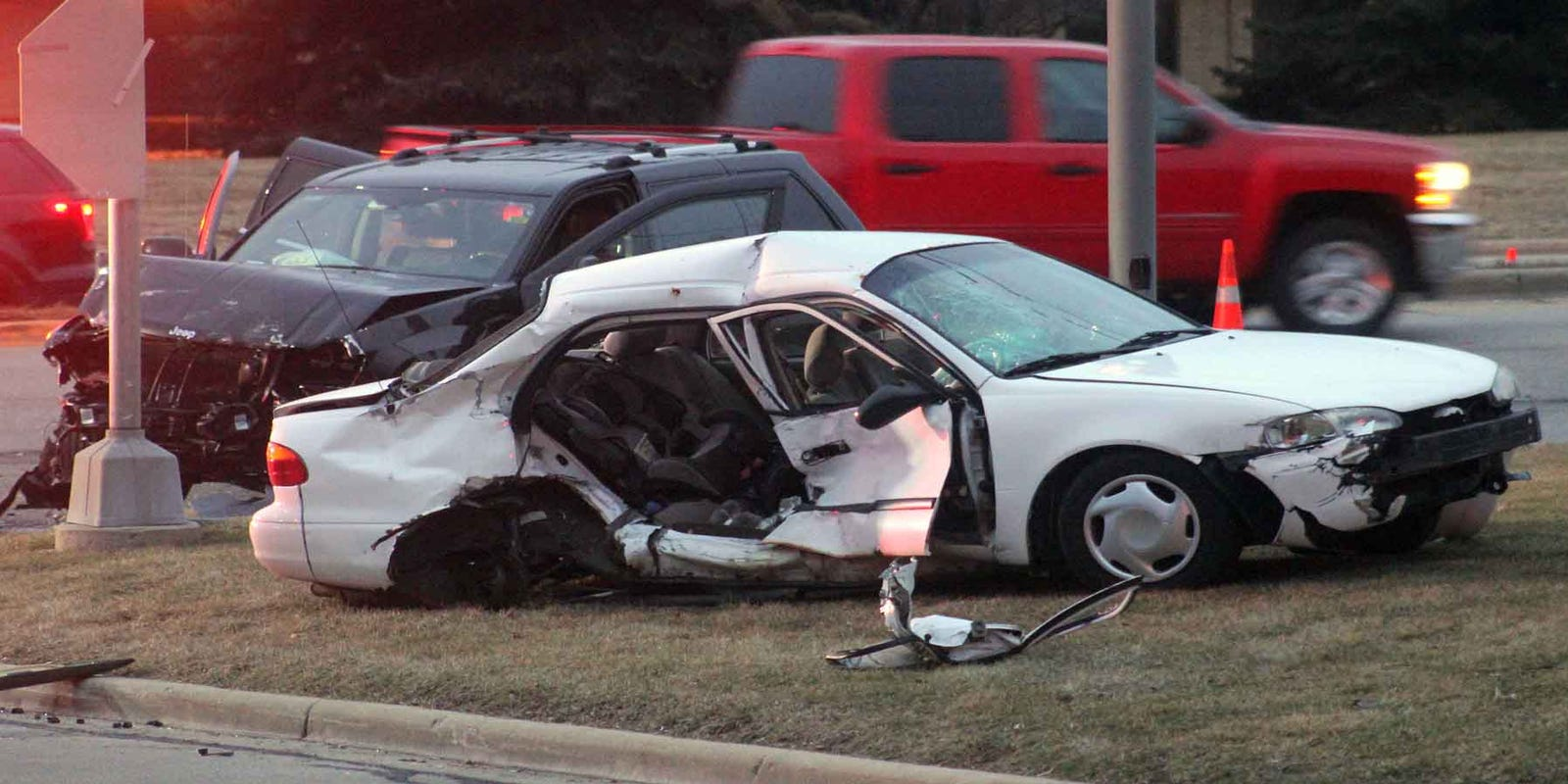 Girl, 5, seriously hurt in two-car crash in New Berlin