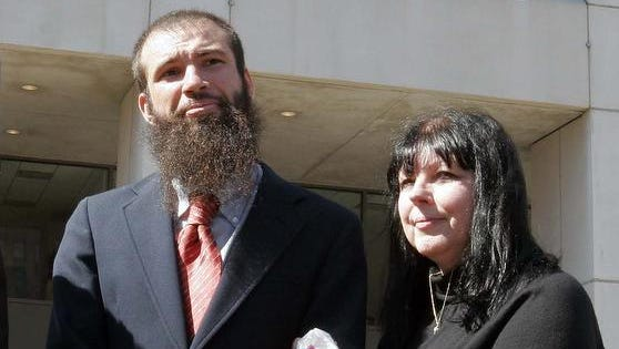 Jeffrey Deskovic, with his mother, Linda McGarr, outside the Westchester County Courthouse in White Plains on Sept. 20, 2006, after his 1989 murder conviction was overturned and he was released from prison after serving 16 years.