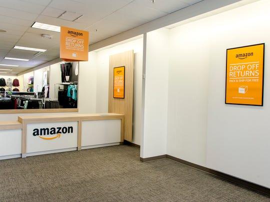 Amazon desk inside a Kohl's store.