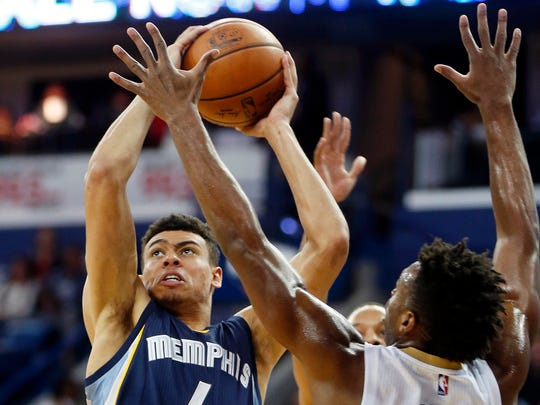 Grizzlies guard Wade Baldwin IV (4) shoots against