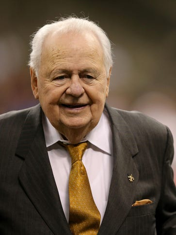 New Orleans Saints owners Tom Benson, left, and his
