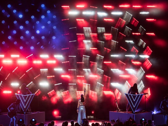 Katy Perry performs at concert fundraiser for Hillary