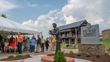 Pat Head Summitt statue, legacy park unveiled in Clarksville