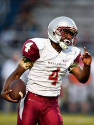 Maplewood quarterback Bobo Hodges