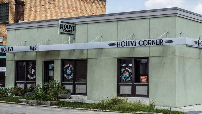 Holly's Corner, 842 N. Central St., will close Dec. 29, 2017.