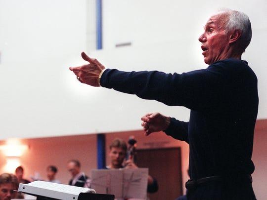 Harvey K. Smith conducted the Phoenix Boys Choir for