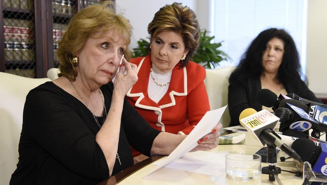 Sunni Wells and Margie Shapiro, flanking attorney Gloria Allred, at press conference on March 27 in Los Angeles where the two women accused Bill Cosby of drugging and raping them decades ago.