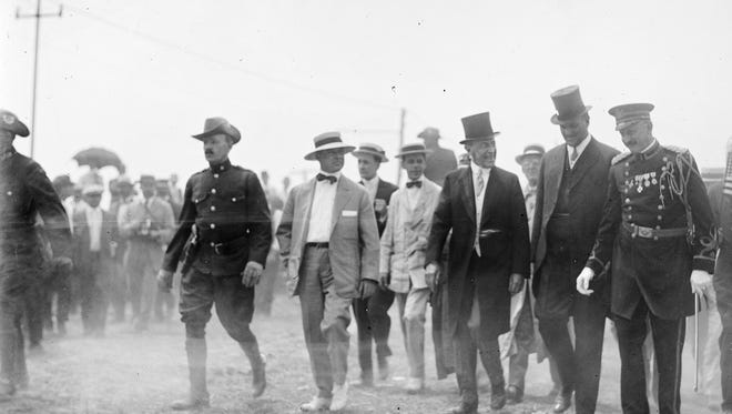 Woodrow Wilson, third from right, in 1913.