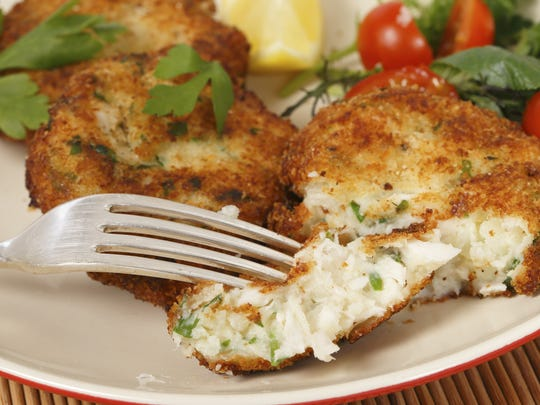 Lump crabcake will be served as part of the fourth course.