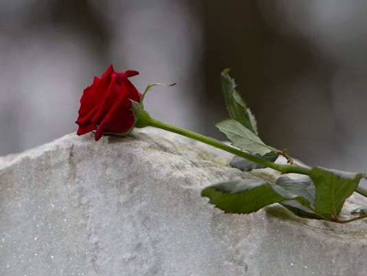 635945213296206571-cemetery.jpg