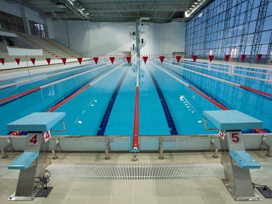 Ncaa swimming louisville 39 s mallory comerford ties katie - University of louisville swimming pool ...