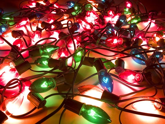 636173097433537080-christmas-lights.jpg