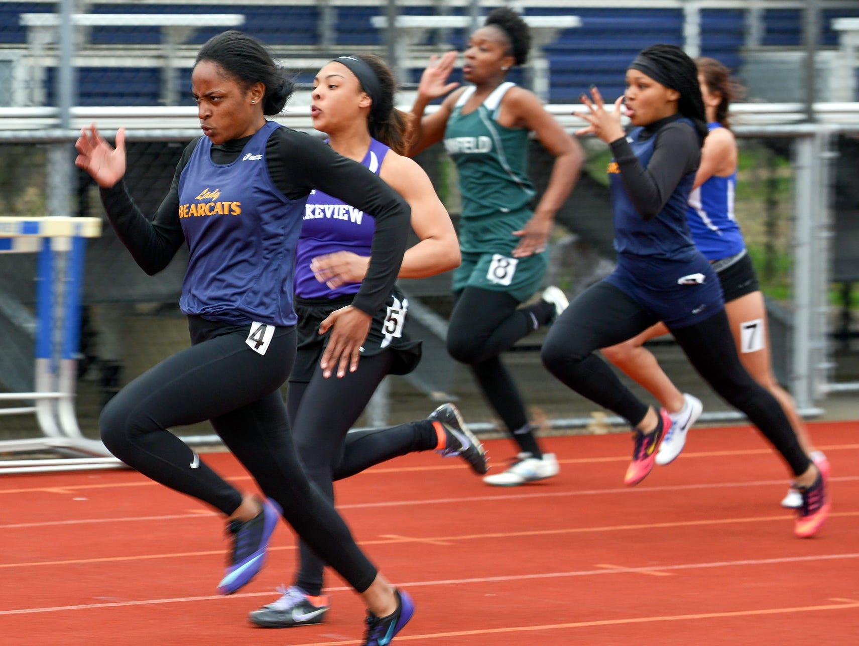 2016 All City Track Meet - 100 meter dash.