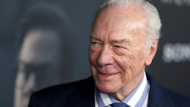 epa06398027 Canadian actor and cast member Christopher Plummer arrives for the 'All the Money in the World' movie premiere in Beverly Hills, California, USA, 18 December 2017. The movie will be released in US cinemas on 25 December 2017.  EPA-EFE/EUGENE GARCIA ORG XMIT: EAG13