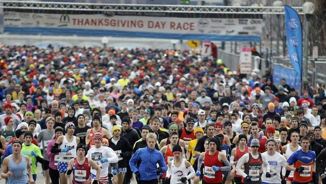 The start of the 2014 Thanksgiving Day race
