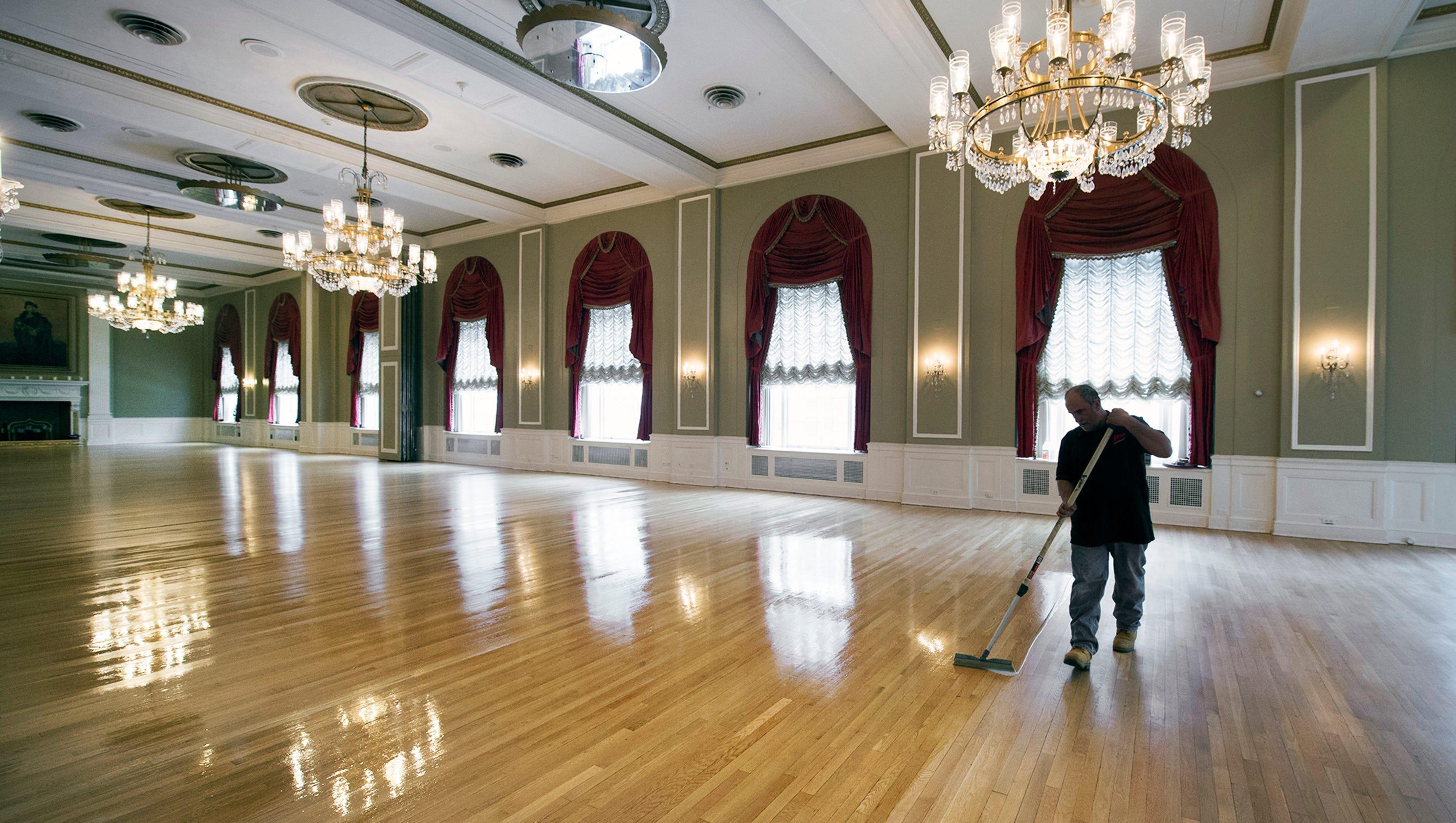 Photos yorktowne hotel 39 s ballroom through the years for Hardwood floors york pa