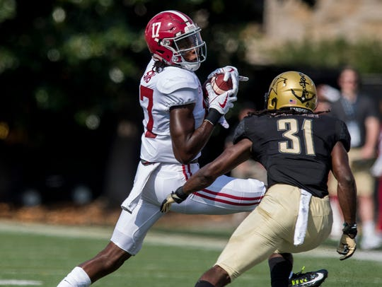 Alabama wide receiver Cam Sims (17) against Vanderbilt