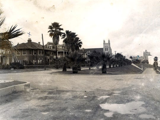 South Upper Broadway Street in Corpus Christi in an undated photo. An x is drawn over the Richard and Minerva King home.