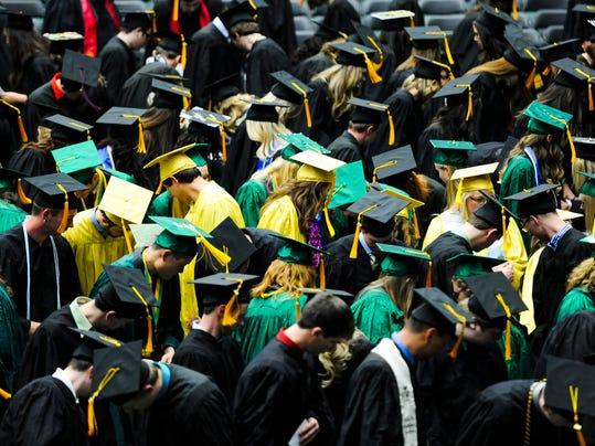 -FTC0518.gg.csu.graduations 02.JPG_20140517.jpg