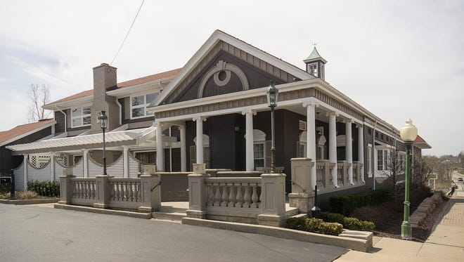 The Courthouse Grille is expected to remain open through the end of the year before closing.