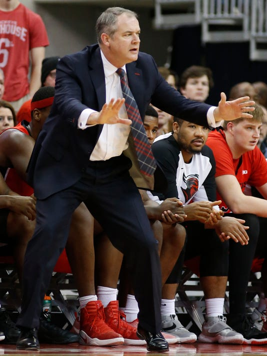 Rutgers head coach Steve Pikiell instructs his team against Ohio State during the first half of an NCAA college basketball game Wednesday, Feb. 8, 2017, in Columbus, Ohio. Ohio State beat Rutgers 70-64. (AP Photo/Jay LaPrete)