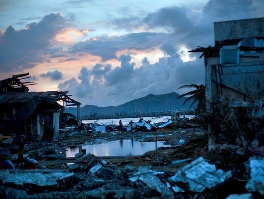 AP_APTOPIX_Philippines_Typhoon