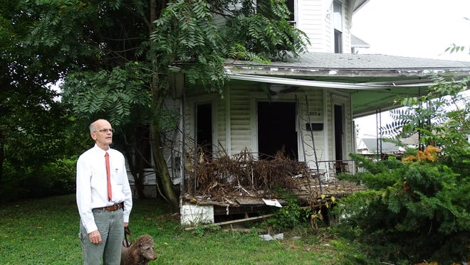 Don Davis runs the Marion County Land Reutilization Corp., which has awarded a contract to tear down 377 Park St.