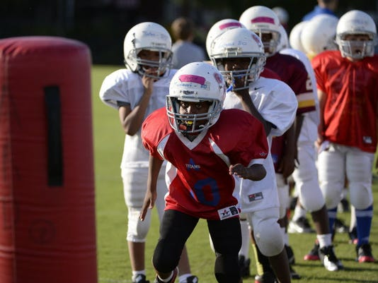 08-23-16-youth-football